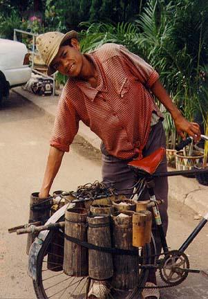 camboda1.jpg (70487 bytes)